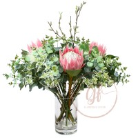 PROTEA GUM ARRG IN GLASS